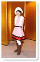 ピンクをベースに華やかな洋服-生徒洋裁作品